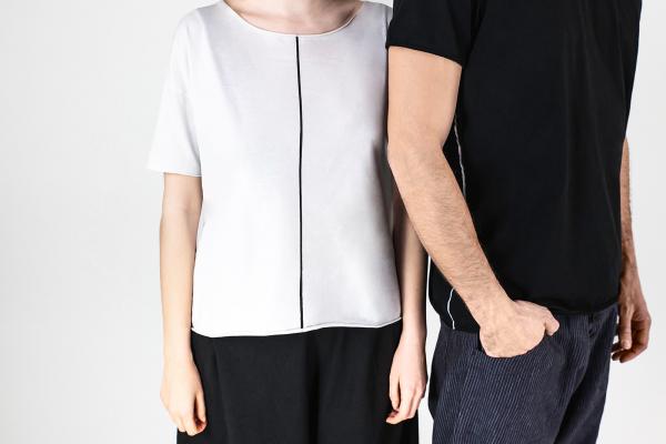 Lijn T Shirt Man Black Lijn T Shirt Woman White Img 7002
