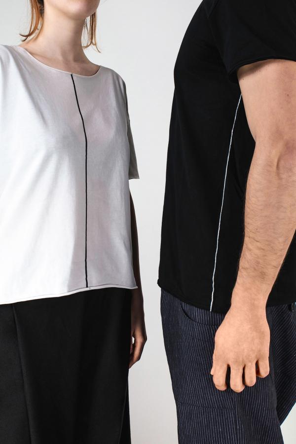 Lijn T Shirt Man Black Lijn T Shirt Woman White Img 7010