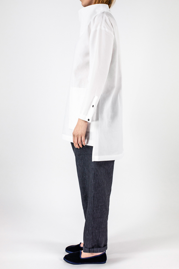 White Shirt+ellisse Trousers Img 7334