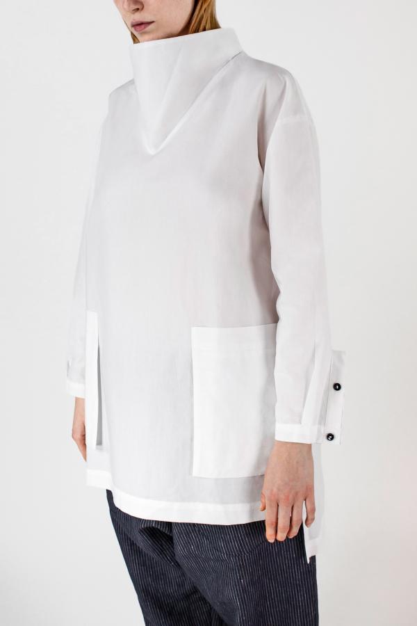 White Shirt+ellisse Trousers Img 7349